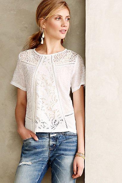63b40cbe8e326f I found this on @keepdotcom! | fashion | Blusas de renda, Looks, Blusas