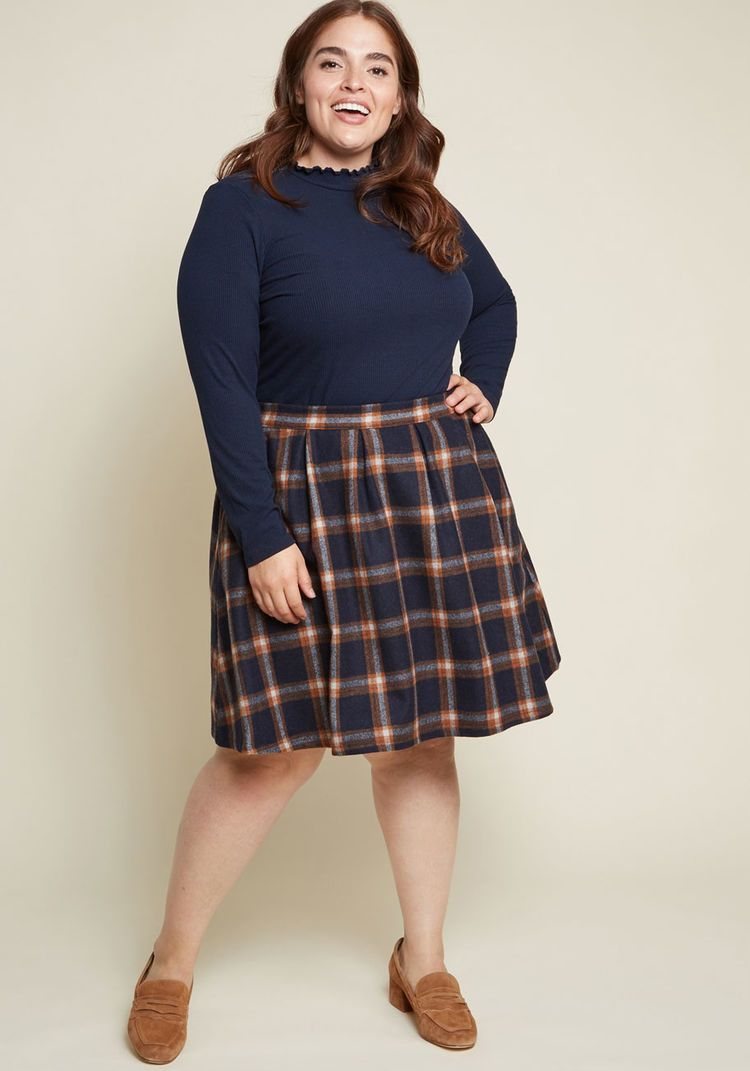 94aa8c7ea05 ModCloth Brisk-Taker Wool Mini Skirt in Navy Blue Plaid Navy