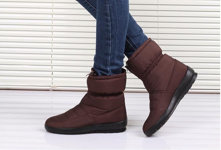 2015 nueva otoño invierno mujer madre antideslizantes impermeables zapatos  de algodón acolchado térmico de maternidad más tamaño botas de nieve en  Botas de ... aae54bb07ebf