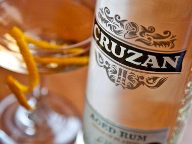 Diabolo:  2 ounces light rum ½ ounce dry vermouth ½ ounce Cointreau 2 dashes Angostura bitters