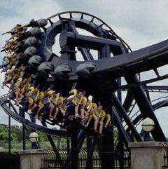 Six Flags St  Louis: Batman- the Ride! This is sooooo fun