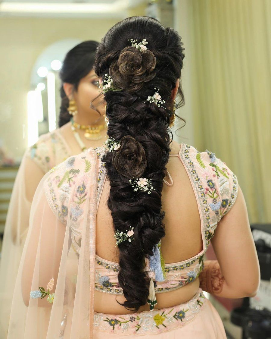 Brides With Curly Hair- Check Out These Fun Ways To Style Your Hair in 2020 | Bridal hair ...