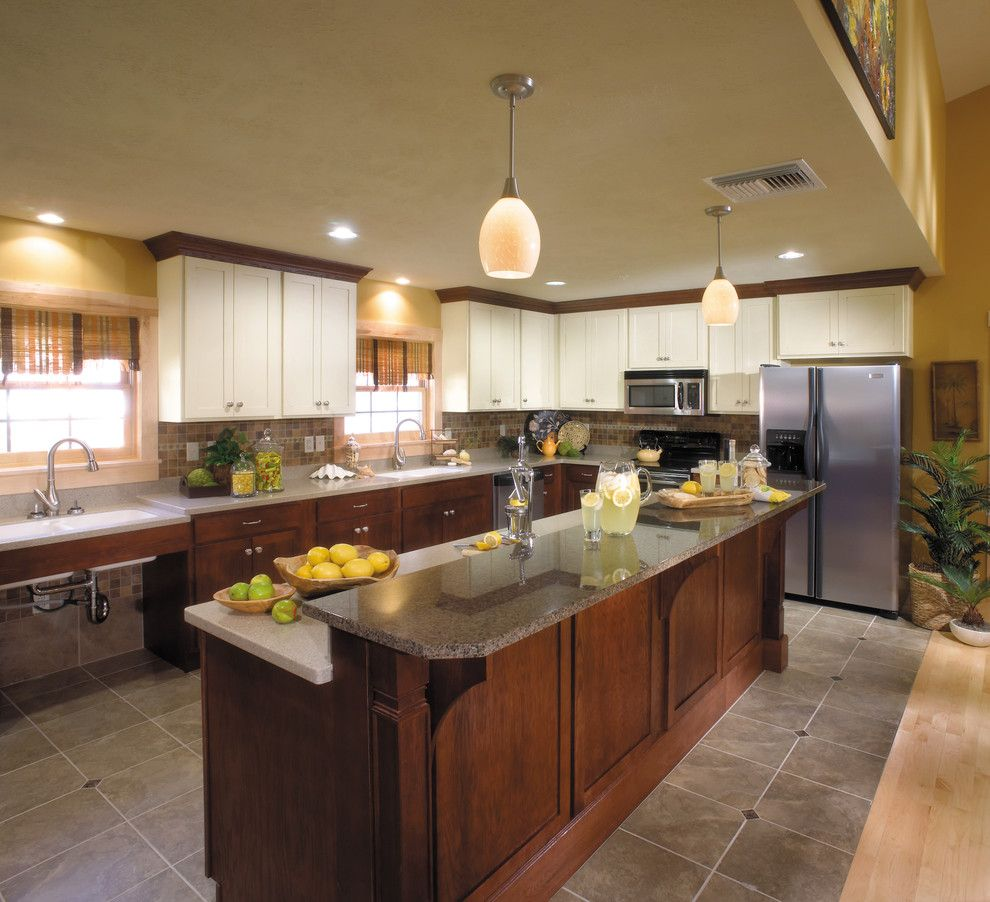Wonderful Starmark Cabinetry With Custom And Pendant Lightsin Traditional Tone Kitchen In Map