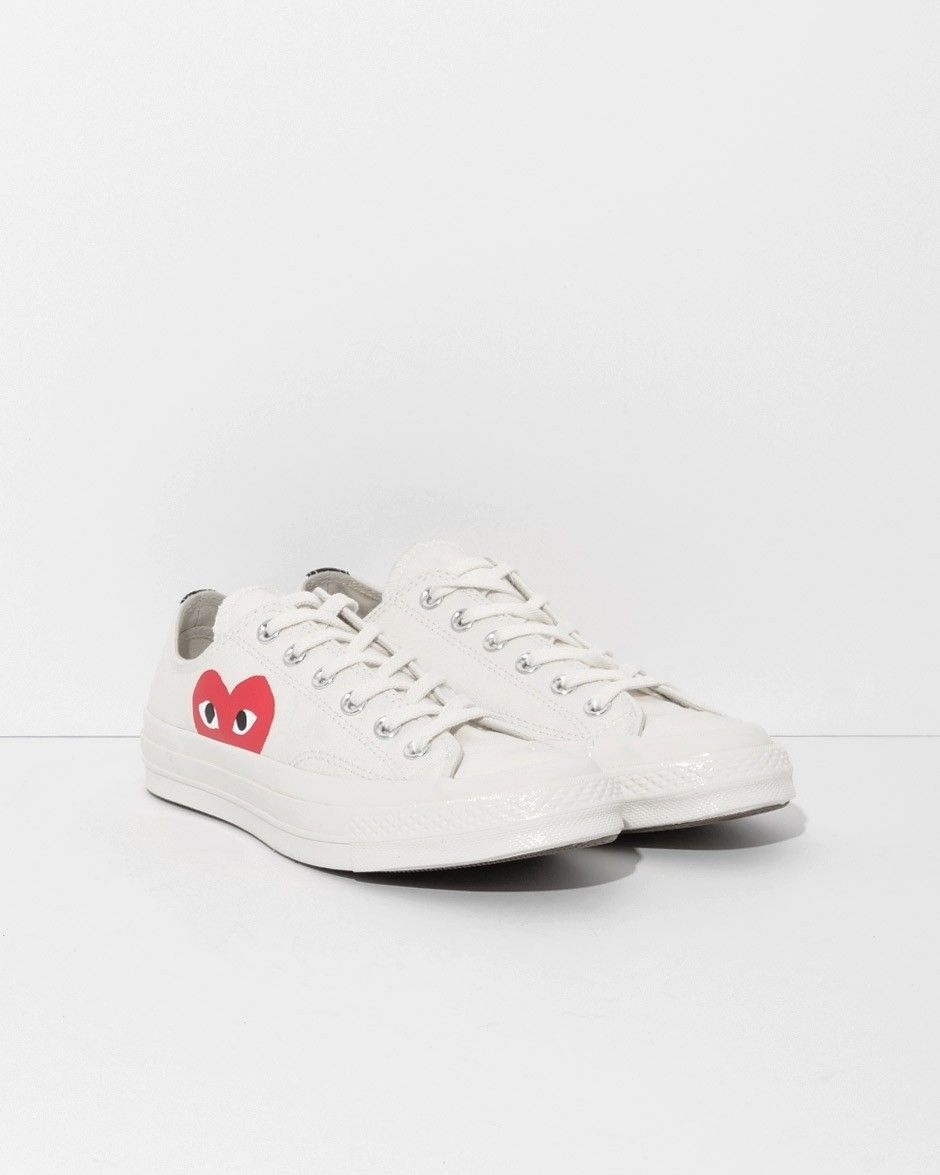 Comme des Garçons Play Beige Converse Chuck Taylor Low Top in White at The  Dreslyn ce11e45cb