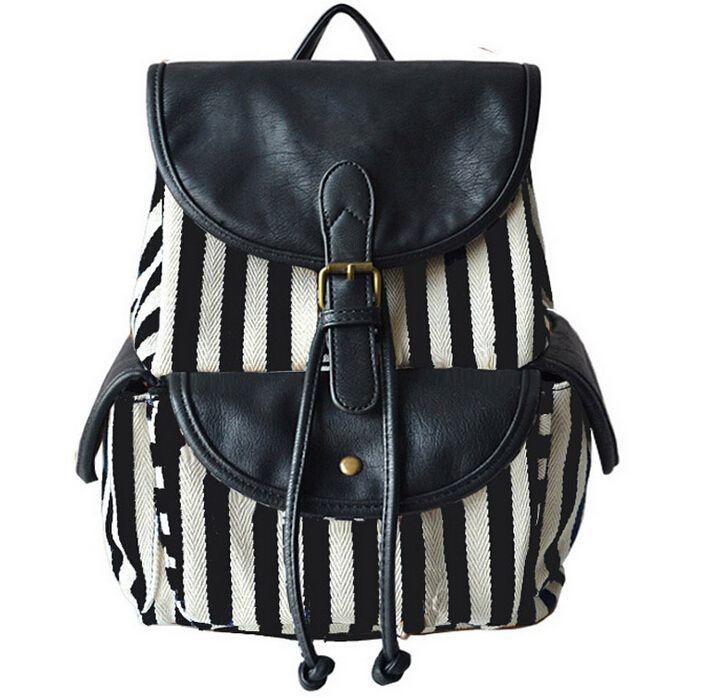 Pin en mochilas, carteras y bolsos