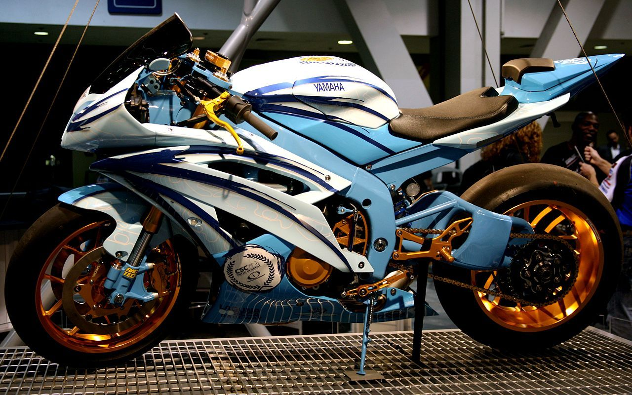airbrush motorcycles |     R6 Custom Paint And Wheels
