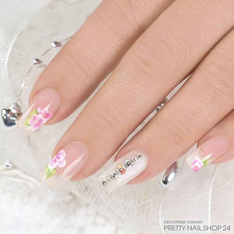 trenndstyle trends white flower nails hier werden romantische bl ten auf softem wei in. Black Bedroom Furniture Sets. Home Design Ideas