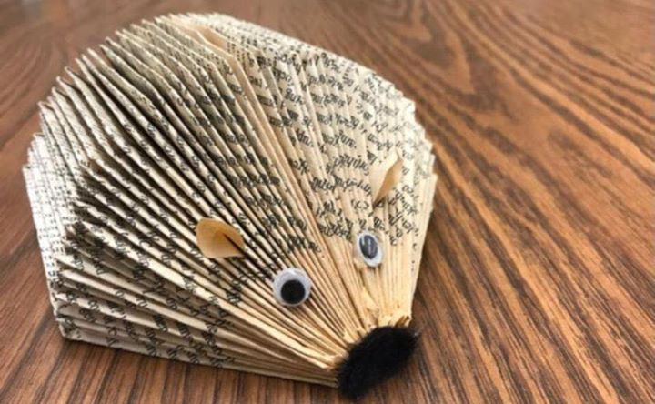 Come along and learn the basics of book folding and make this cute hedgehog.  This will be the first in a series of book folding makes.  Payment must be made at the time of booking to secure your place.  Please get in touch with us for how to book.  Cost of first workshop is £10 and includes materials.