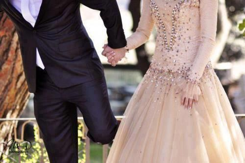 Hold my hand tight and never let it go...