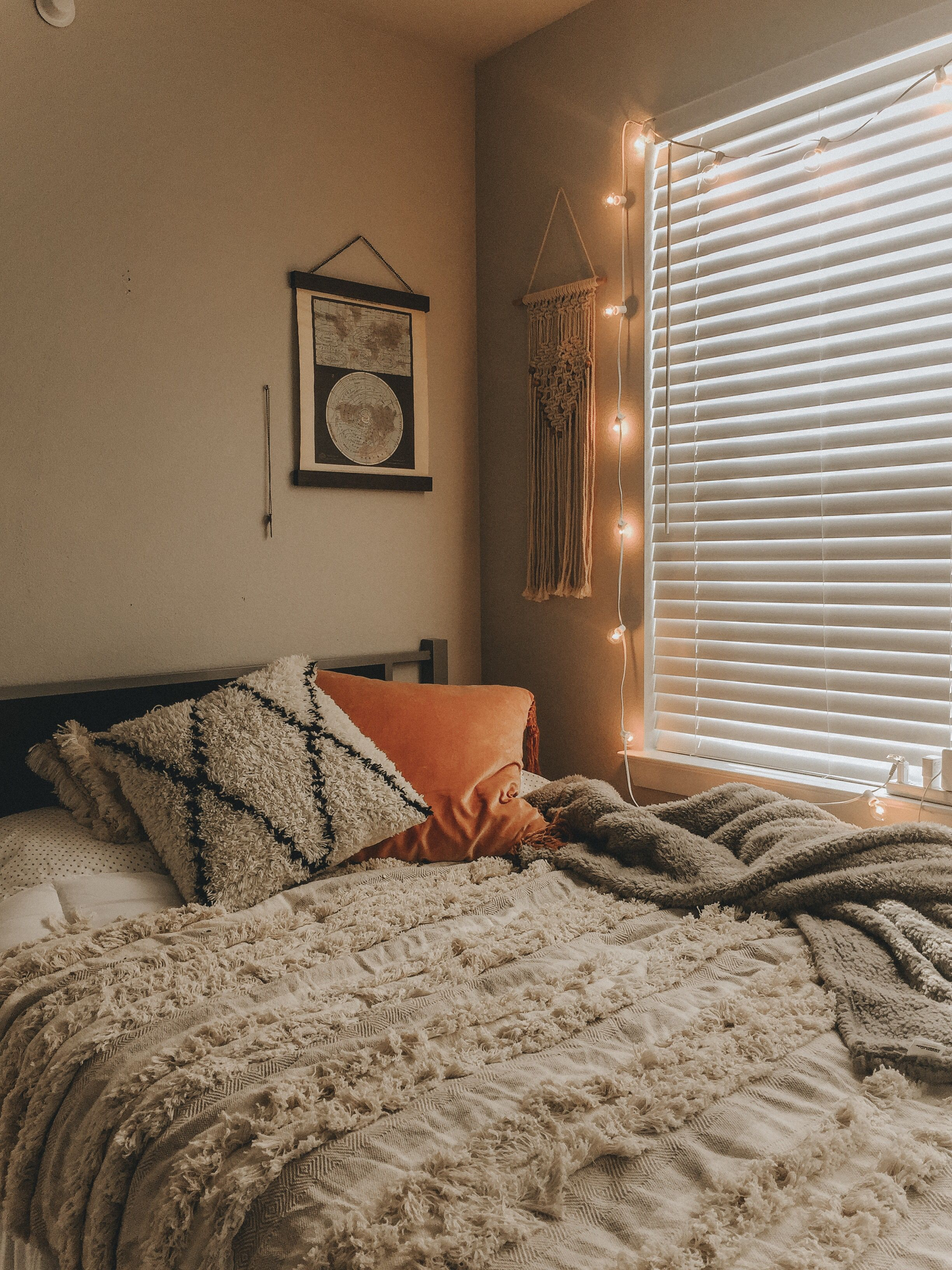 Bedroom Dormdecor Dorm Aesthetic Room Home Bedroom Design Bedroom Decor Cozy Bedroom Inspirations