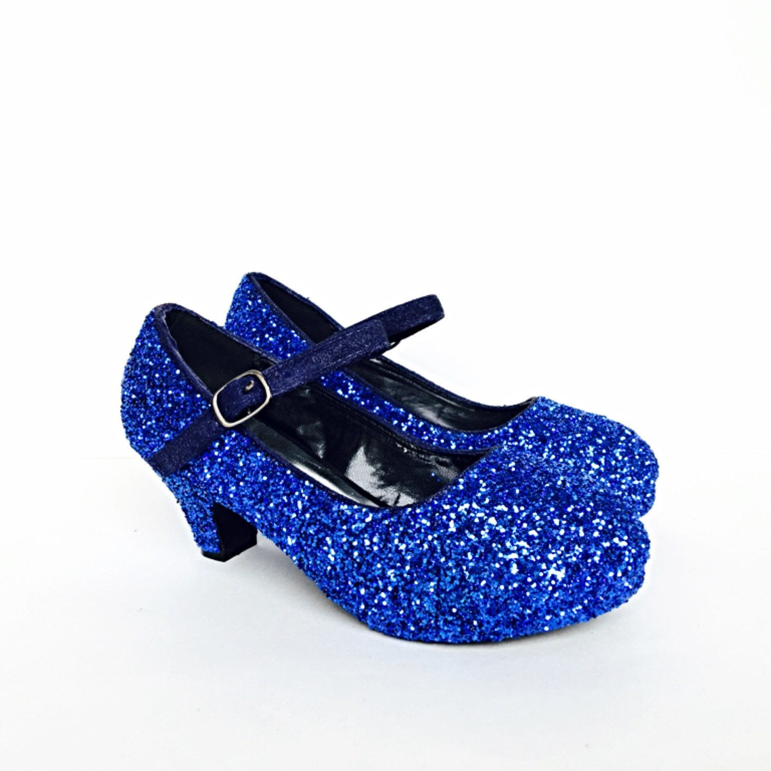 Shop our latest collection of Girls Glitter & Sparkle Shoes and get the best pair for your little one! Find comfortable designer & brand pieces for children, in many sizes and styles, for babies, toddlers, tweens or even juniors, all available in many colors such as white, ivory, black, red, tan, pink and more!