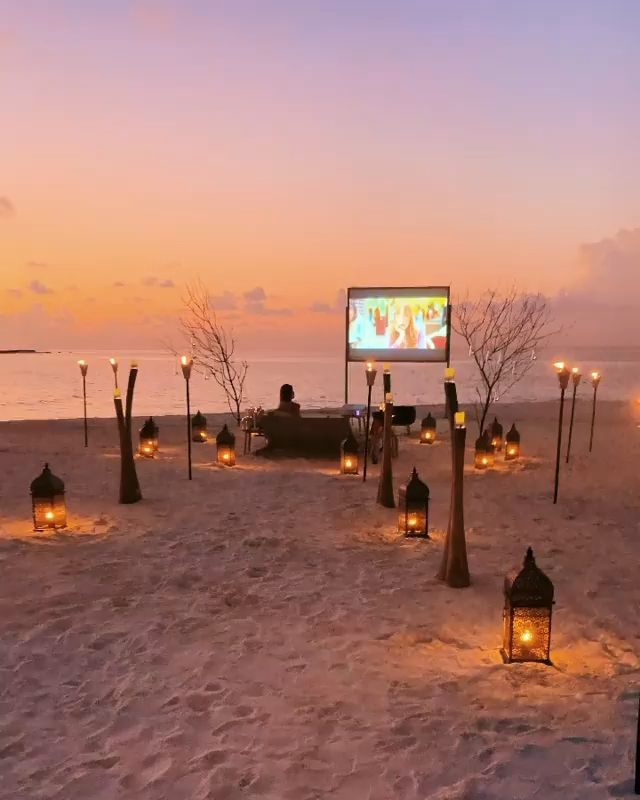 A perfect movie night at the Maldives ?? Have you been?