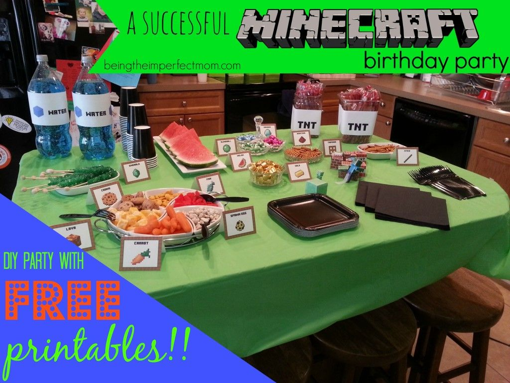 how to have a successful Minecraft birthday party complete with photos and free printables http://www.beingtheimperfectmom.com/minecraft-birthday-party/ #Minecraft #printables #freeprintables