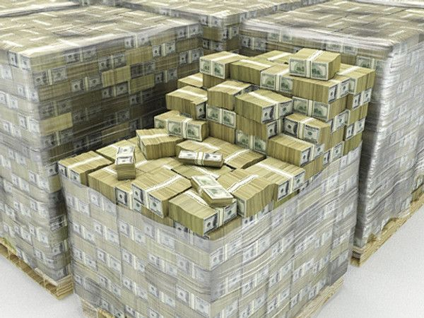 100 Trillion Dollars Looks Like What Does 1 Billion Dollars Look Like One Billion Dollars In 100 Money Stacks Money Cash Money Magnet
