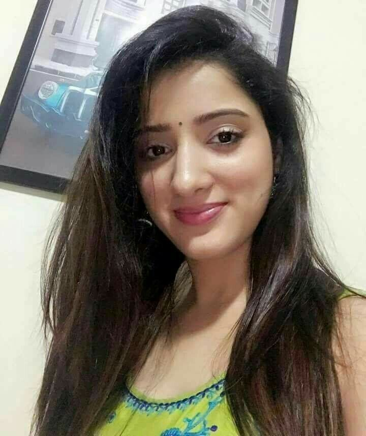 Sani2A27  Actress Selfi  Pooja Sharma, Actresses, Kochi-9919