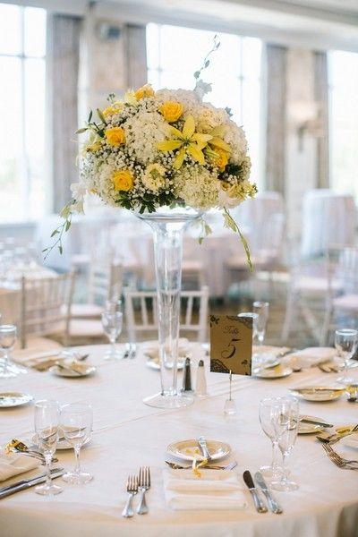 Kristin And Eric S Wedding In Brewster Massachusetts Summer Wedding Centerpieces White Flower Centerpieces Summer Wedding