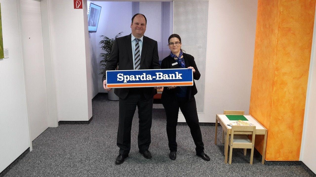 Die Sparda Bank In Solingen Hat Immer Ein Offenes Ohr Fur Ihre Kunden Auch Fur Diejenigen Die Es Noch Werden Wollen Unser Baufinanzierung Solingen Bank