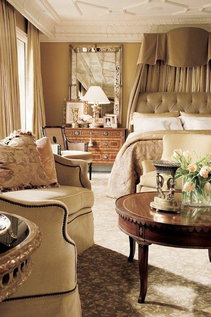 gardinen schlafzimmer helle vorhänge und dezente blumenmuster im - vorhänge für schlafzimmer