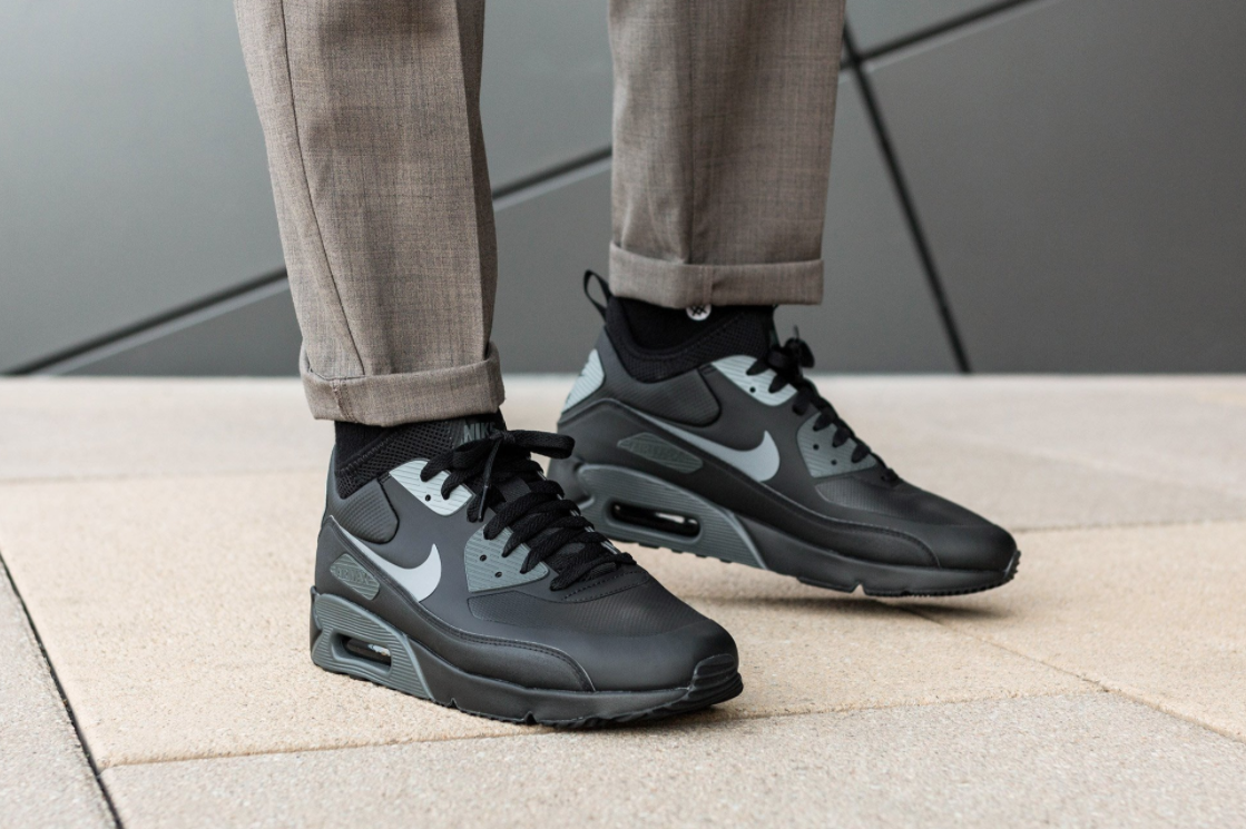 cheap for discount 67f61 8ad72 Black Cool Grey Land On The Nike Air Max 90 Ultra Mid Winter ...