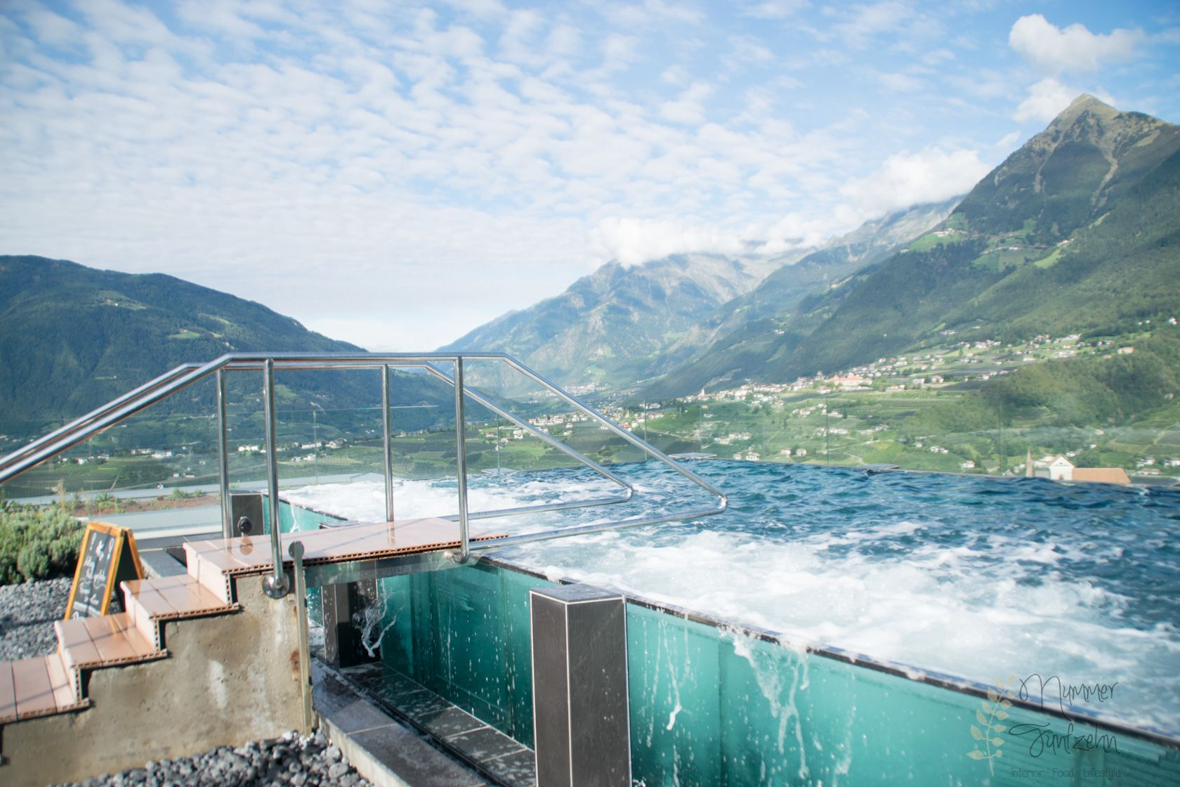 Hotel Hohenwart/Südtirol http://nummerfuenfzehn.com/wp-content/uploads/2015/10/Nummer%20Fuenfzehn_Lifestyleblog%20aus%20Muenchen_Interiorblog%20aus%20Muenchen_Foodblog%20aus%20Muenchen_Suedtirol_Hotel%20Hohenwart.jpg