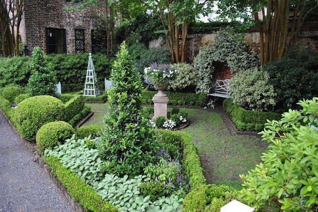 Charleston annual garden tour part ii jardins creation - Petit jardin romantique tours ...