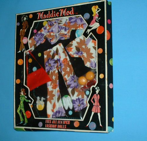 MADDIE-MOD-BARBIE-SIZE-OUTFIT-COLORFUL-PANTS-SUIT-With-RED-PURSE-NEW-NRFB