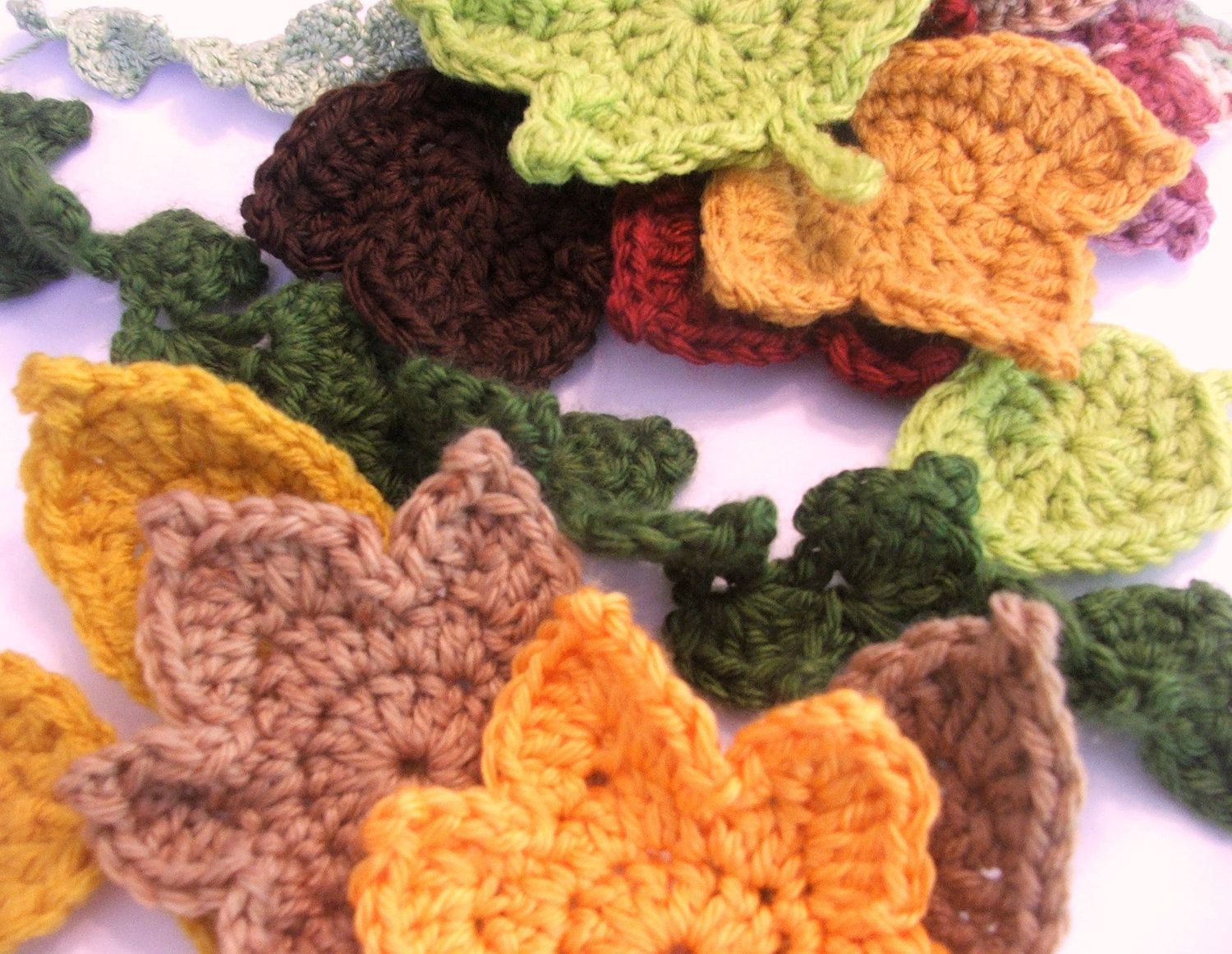 Fast and easy pattern set crochet 3 leaf appliques and ivy 3 leaves and ivy garland to crochet bankloansurffo Image collections