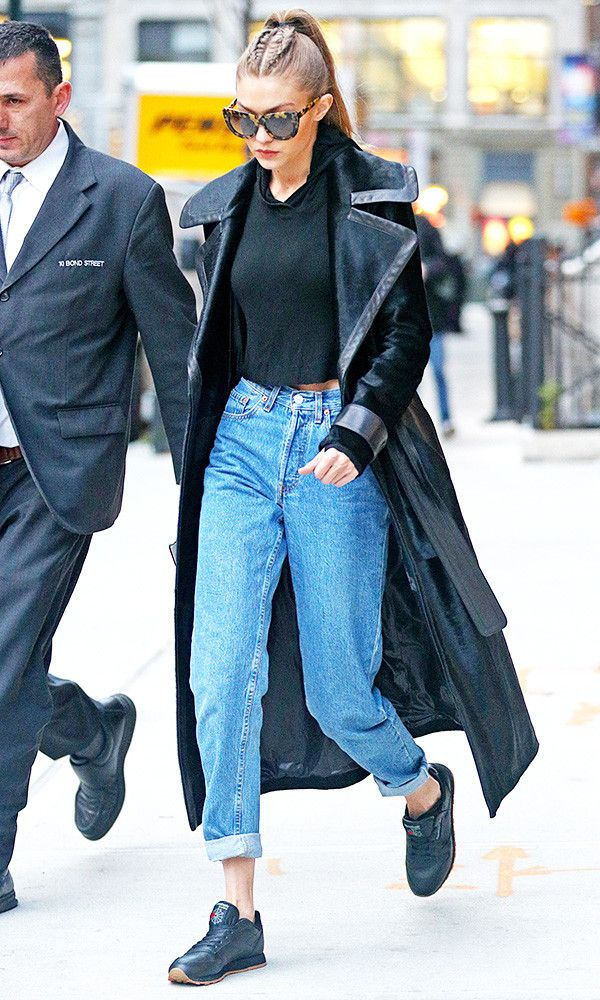 93d2c08f Gigi Hadid recently wore a pair of jeans that are an updated version of  boyfriend jeans. Are you on board? Find out here.