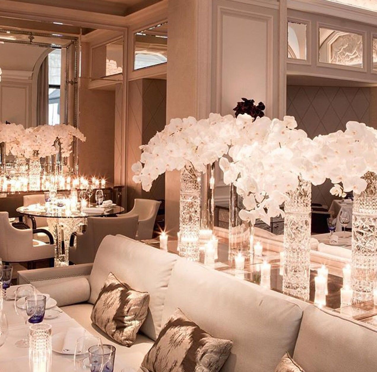 Lux crystal orchard decor