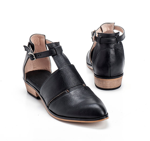 Black Leather Shoes / Women Flats / Every Day Shoes / Straps ...