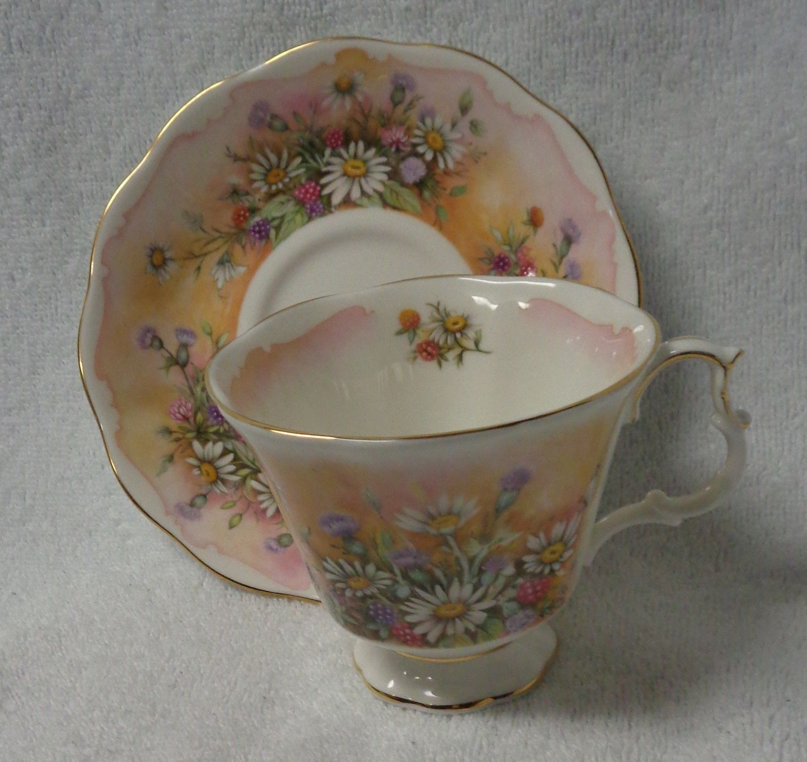 Royal Albert Shakespeare\u0027s Flowers Russet Mantle Cup and Saucer   Pottery \u0026 Glass Pottery \u0026 & Royal Albert Shakespeare\u0027s Flowers Russet Mantle Cup and Saucer ...