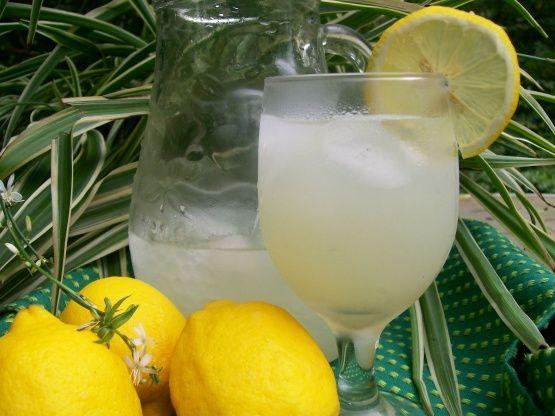 Sparkling Lemonade #sparklinglemonade