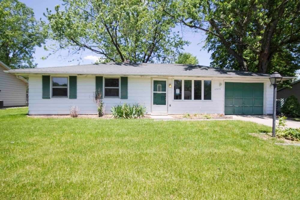 3 Bedroom Ranch With Loads Of Potential Make An Offer Today All Bids Will Be Opened Reviewed On 6 8 2017 Wayne Homes Fenced In Yard Patio Storage