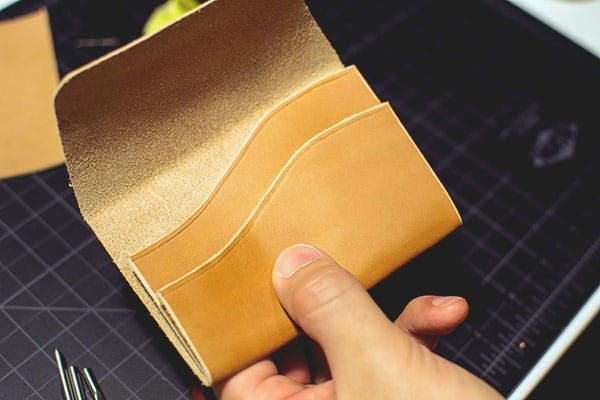 How to Make a Leather Wallet #leatherwallets