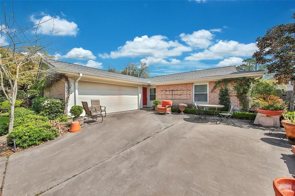 Best Check Out This Pretty Seabrook Home With Lots To Offer 640 x 480