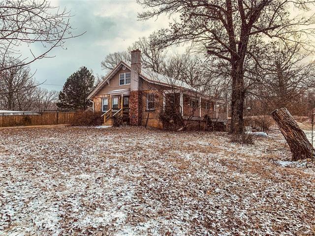 Photo of Cosy Rock Home mit großartiger Lage in der Nähe der Stadt auf 1,5 Hektar, überdachte …
