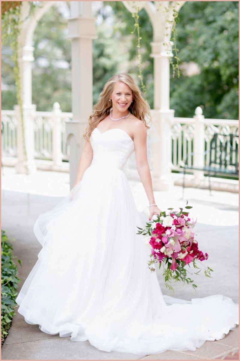 14 Astonishing Wedding Dresses Roanoke Va Badgley Mischka Wedding Dress Wedding Guest Dress Dresses