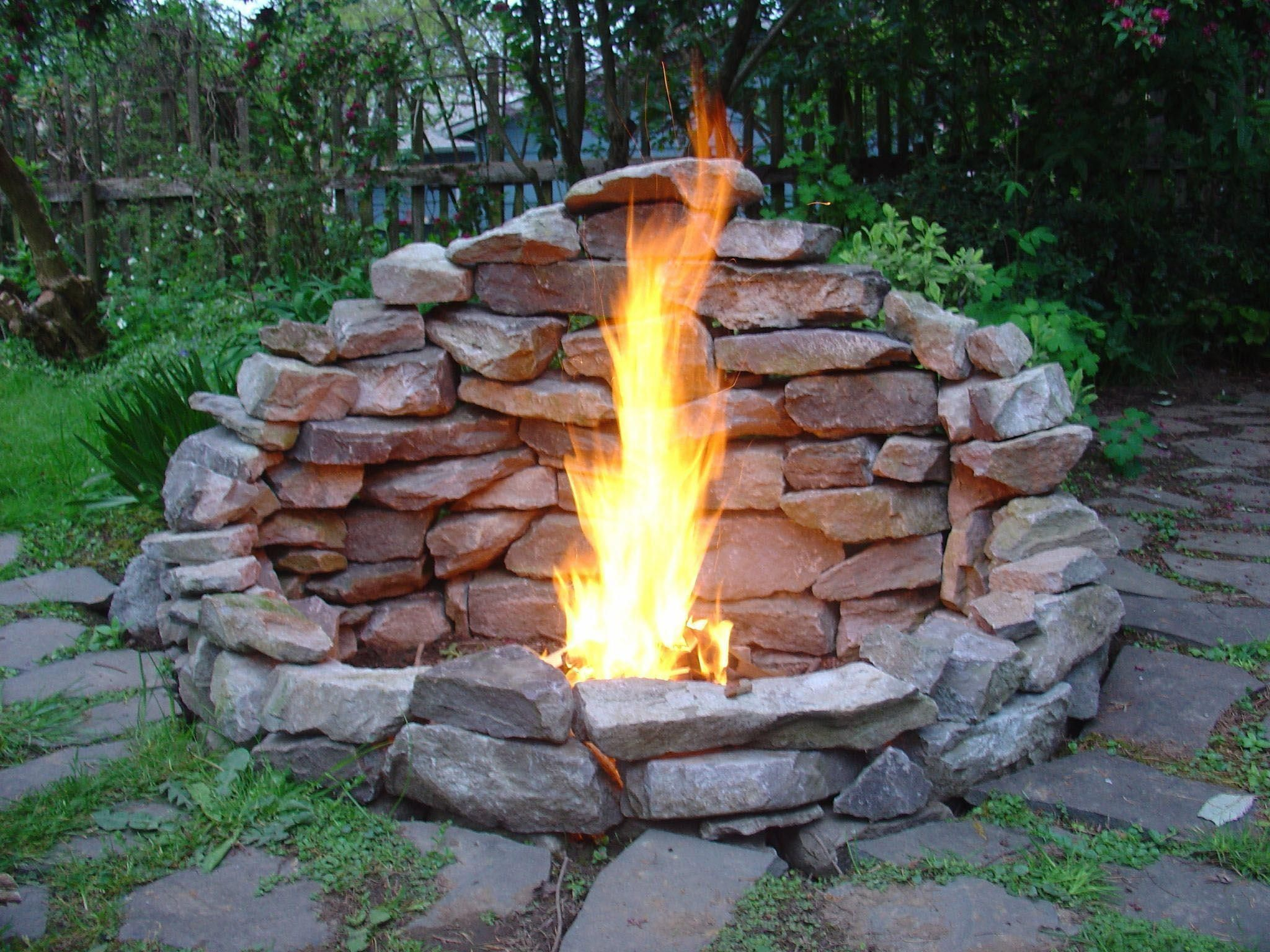 25 Ways To Make Simple Diy Fire Pit In Your Backyard Dengan