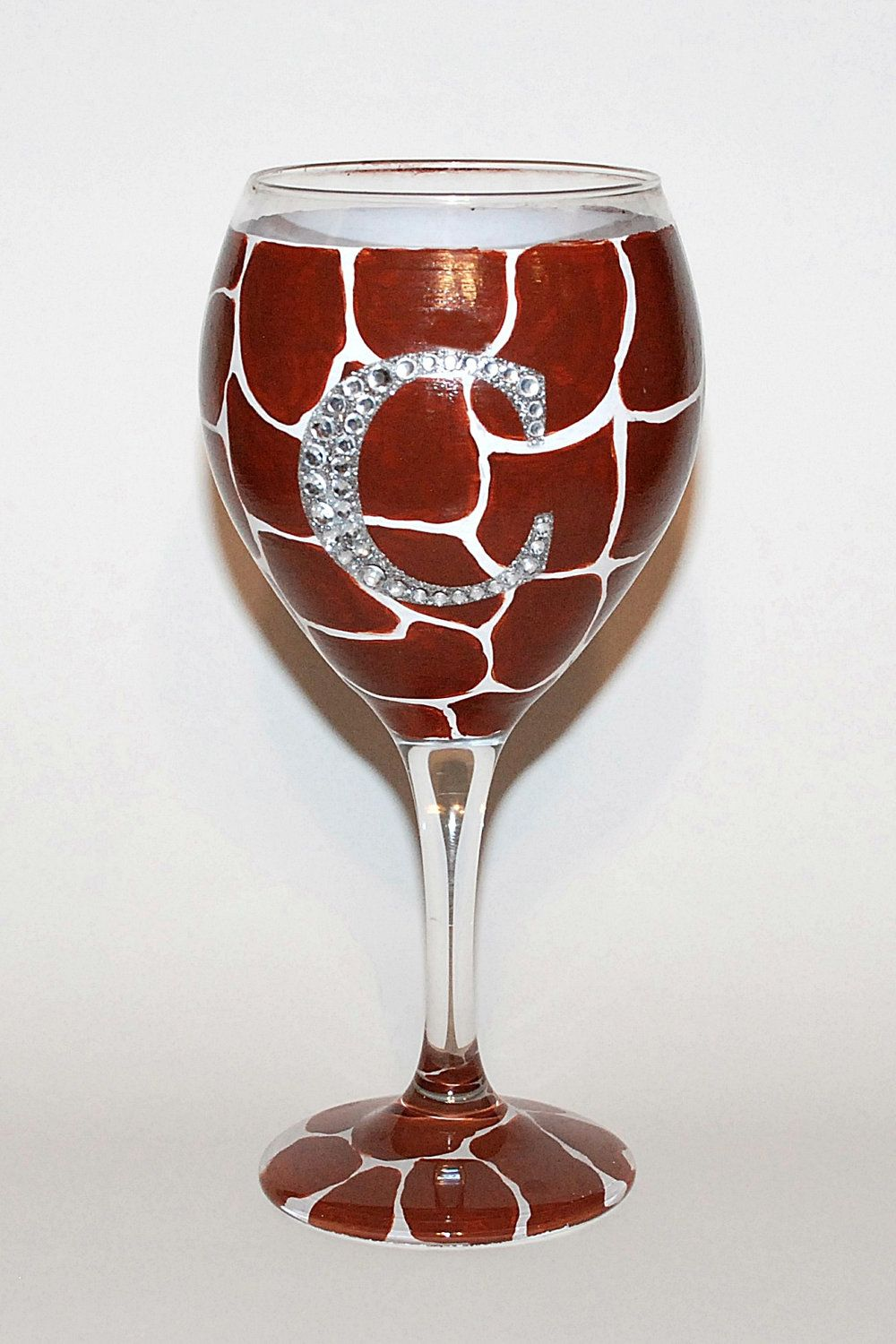 Hand Painted Giraffe Wine Glass With Bling Initial Decorated Wine Glasses Wine Glass Designs Hand Painted Wine Glasses