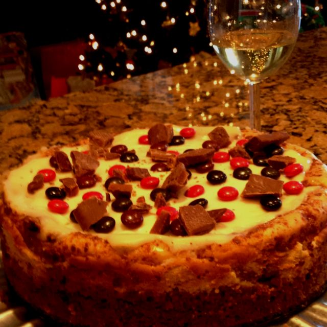 Christmas cheesecake with English toffee filling... Epicurious