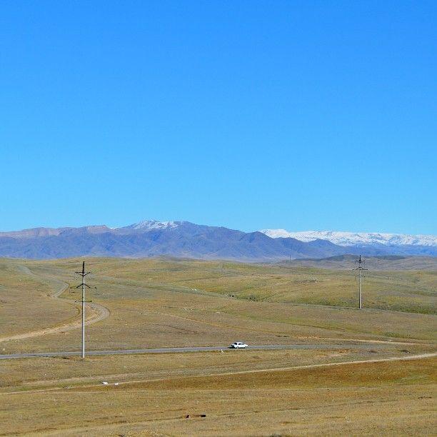 #view #panorama #landscape #mountains #tianshan #bluesky #skyporn #nature #travel #centralasia #kazakhstan #visitkazakhstan #zhambyl #taraz #tekturmas