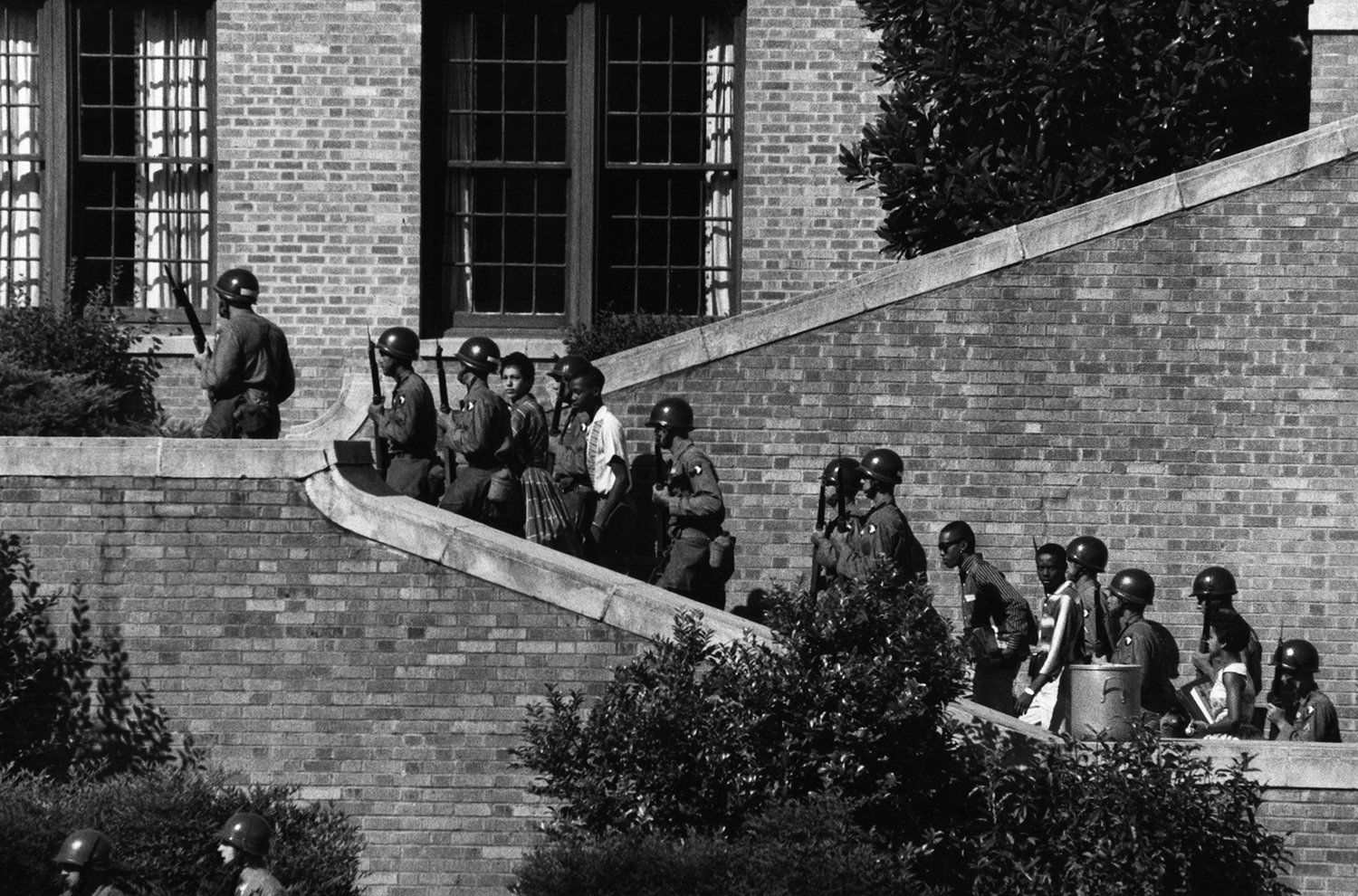 "Teaching Tolerance on Twitter: ""#OnThisDay in 1957, the Little Rock Nine were barred from entering Little Rock Central High School. https://t.co/tHIbIBN1yS"""