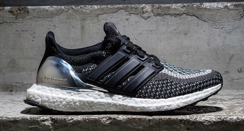 adidas Ultra Boost (Black/Silver)