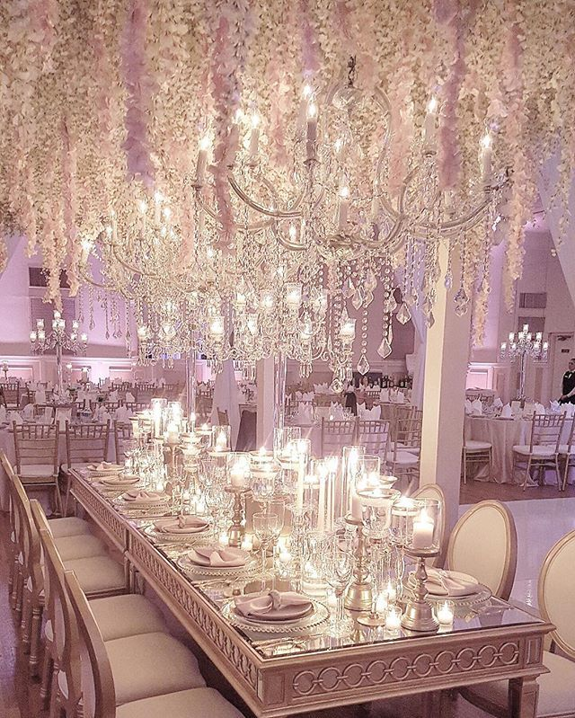 Crystal And White Wedding Theme: White And Silver Wedding Idea