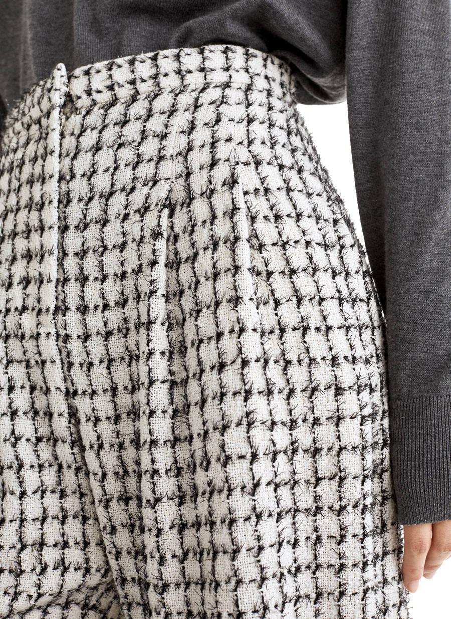 Photo of Pantaloni larghi in tweed – – Uterqüe Mexico