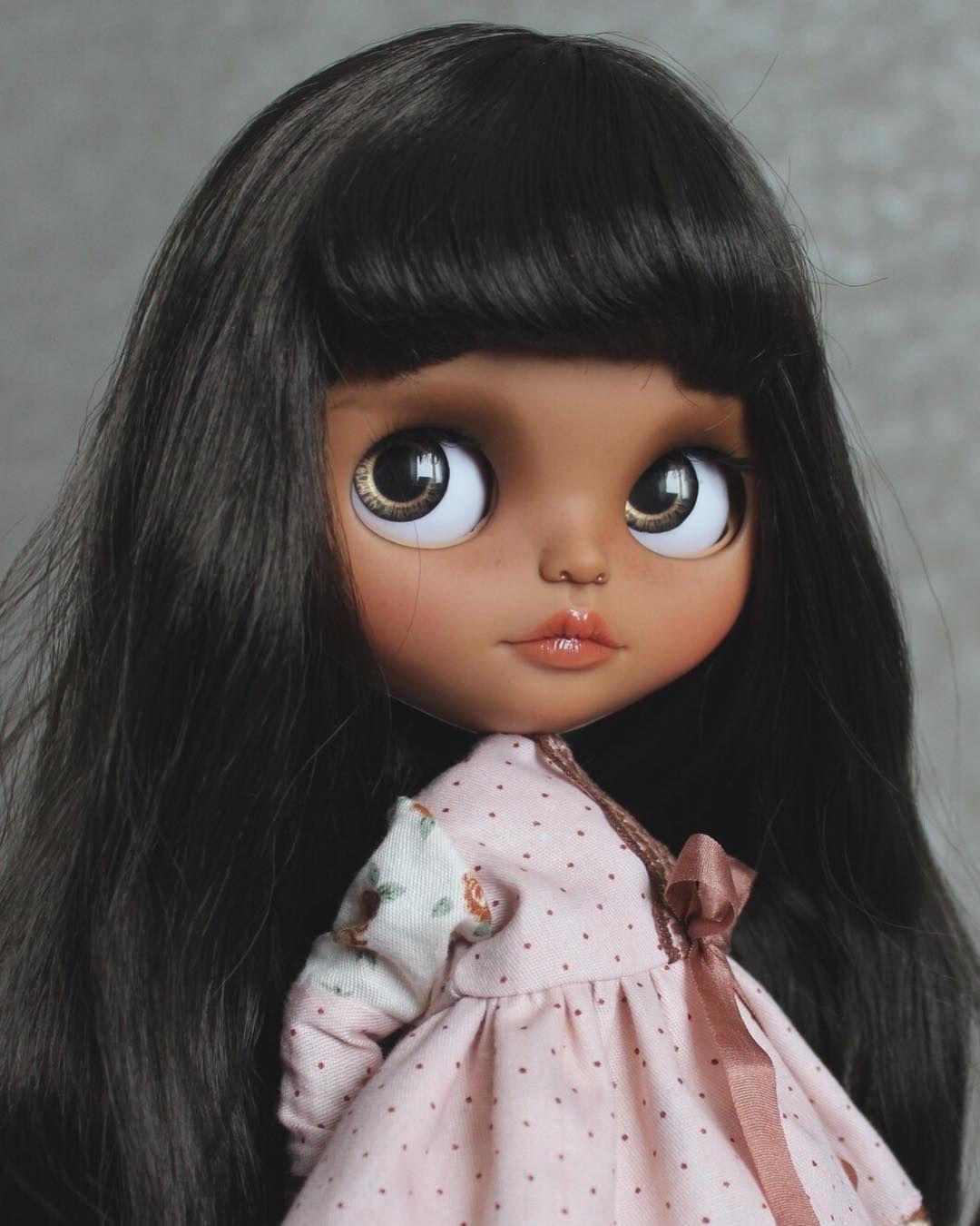 Я очень люблю работать с куклами, у которых яркие цветные ...