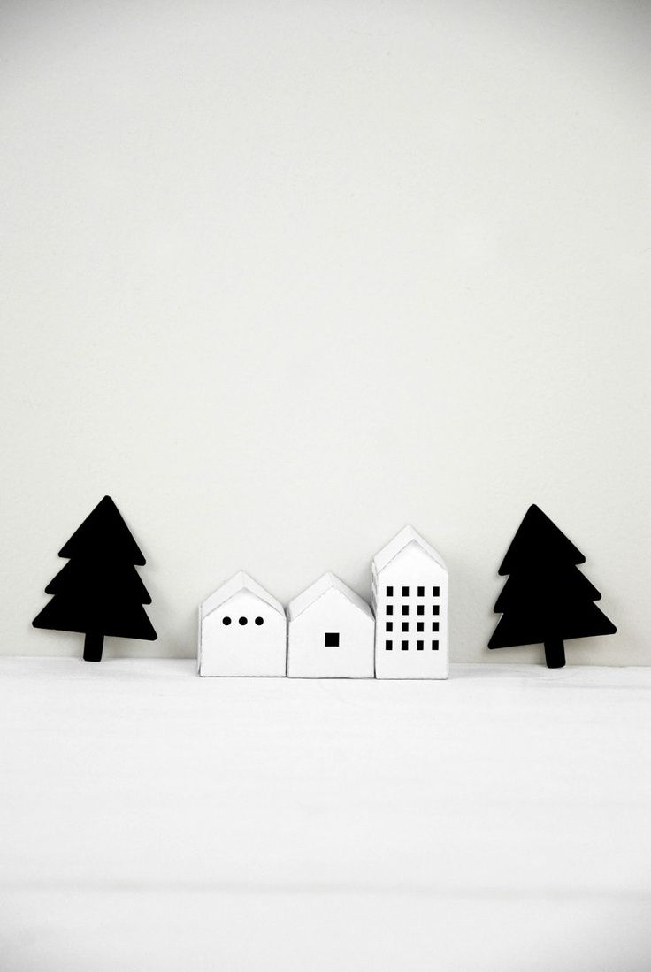 x-mas trees up on the blog today... www.homeanddelicious.com barefootstyling.com