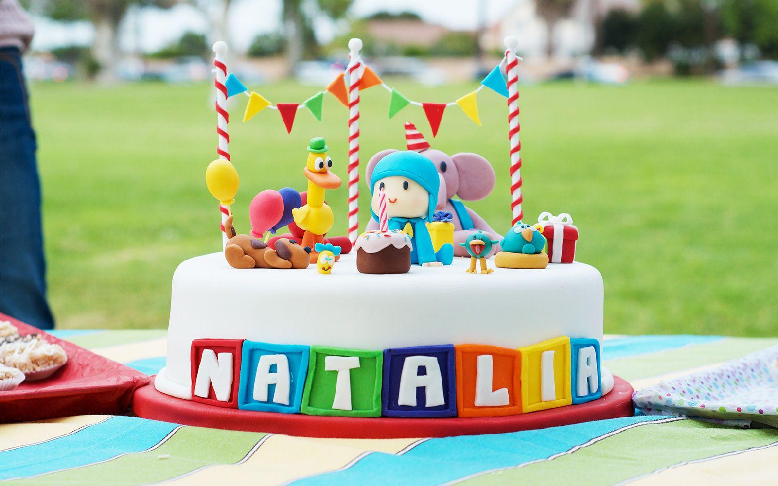 pocoyo-cake
