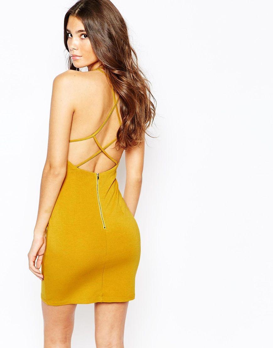 NaaNaa – Figurbetontes Kleid mit überkreuzten Riemchen | Fashion