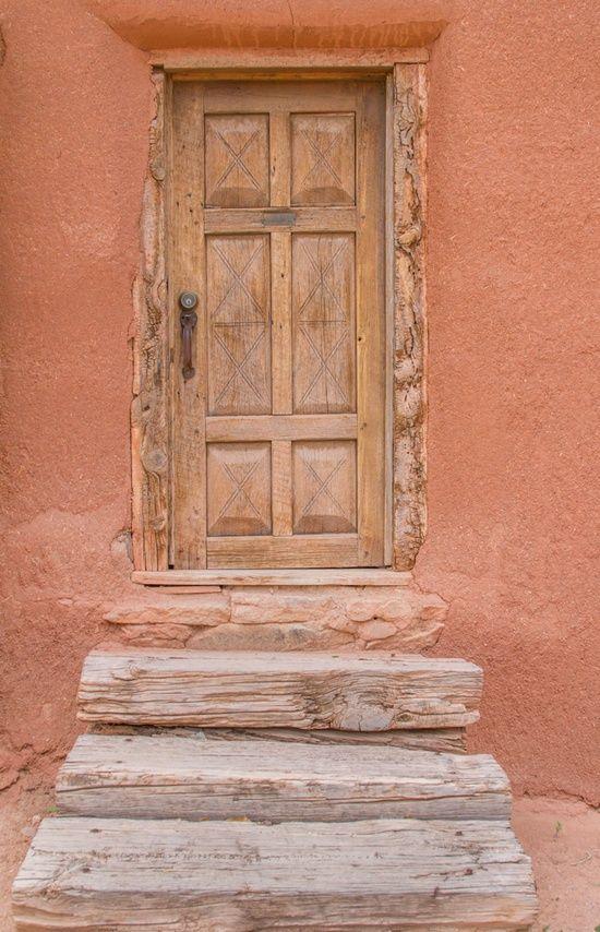 Peachy Peach Walls Beautiful Doors Shades Of Peach